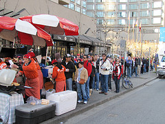 Line-up for Japadog